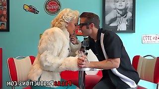 Extraordinary blond hooker Vyxen Steel gets her twat slammed hard