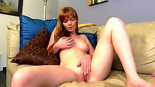 Redhead wants to see more
