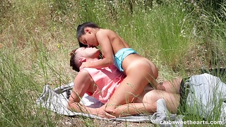 Outdoor romance leads the tanned brunette to intriguing XXX