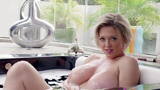 Cougar Dee Williams drops her red panties with regard to ride a fat cock